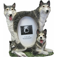 Husky Picture Frame Holds Your Favorite 3 x 5 Inch Photo, A Hand Painted Realistic Looking Husky Family Surrounding Your Photo. This Beautifully Crafted Frame is A Unique Accent To Any Home or Office. The Husky Picture Frame Is The Perfect Gift For Husky Owners And Lovers!