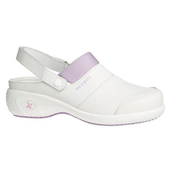 Oxypas Sandy, Fashionable Leather Nursing Clog with Heel, Coolmax® Lining, Anit Slip Sole, Antistatic, Removable Insole. Suitable for Healthcare professionals & Nurses and caregivers