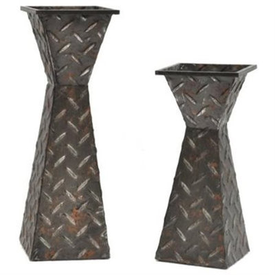 Crestview Collections Diamond Plated Candleholders
