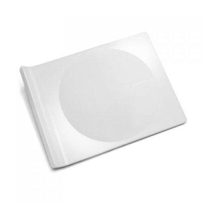 Preserve Eco-Friendly 9.5-by-7.5-Inch Cutting Board, White