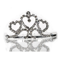 Mini Bridal Comb With Crystal Heart 40654