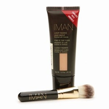 IMAN Luxury Radiance Second to None Liquid Makeup & Brush Set CLAY 1