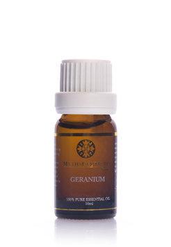 MythsCeuticals - Geranium 100% Essential Oil 10ml