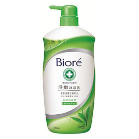 Bioré Body Foam (Green Tea)