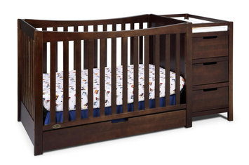 Majestique Remi Crib and Changing Table
