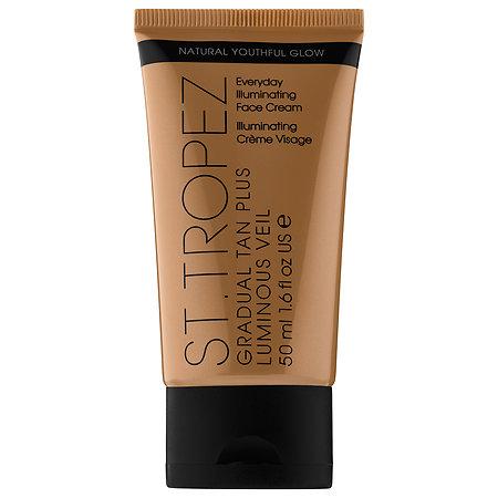 St. Tropez Tanning Essentials Gradual Tan Plus Luminous Veil Everyday Illuminating Face Cream