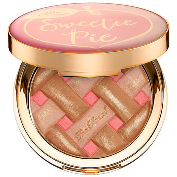 Too Faced Sweetie Pie Radiant Matte Bronzer - Peaches and Cream Collection Sweetie Pie Radiant Matte Bronzer