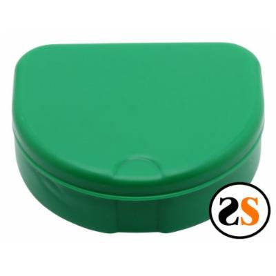 Invisalign retainer storage case -Green