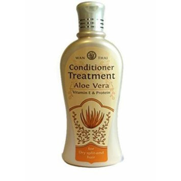 Aloe Vera Natural Herbal Conditioner Treatment+vitamin E and Protein for Dry Split-end Hair ,Wan-thai / Size 300 Ml.