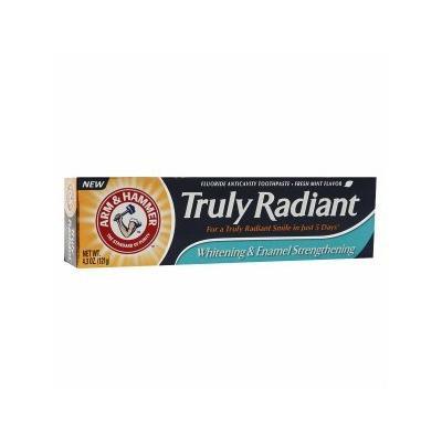 Truly Radiant by Arm & Hammer Whitening & Enamel Strengthening Fluoride toothpaste, Mint 4.3 oz