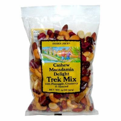 Trader Joe`s Cashew Macadamia Delight Trek Mix with Pineapple, Cranberry and Almond