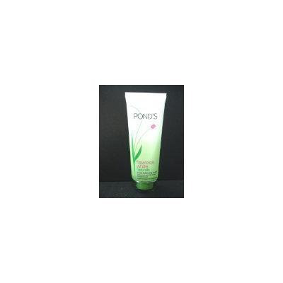Pond's Flawless White Naturals Gentle Exfoliating Facial Foam Camellia Leaf 100g Made in Thailand