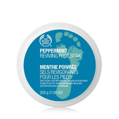 THE BODY SHOP® Peppermint Reviving Foot Soak