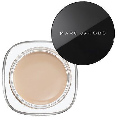 Marc Jacobs Beauty Marvelous Mousse Transformative Foundation