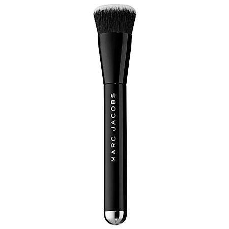 Marc Jacobs Beauty The Shape Contour and Blush Brush No. 15