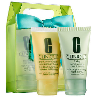 Clinique Sparkle & Glow Skincare Set for Very Dry to Dry Combination