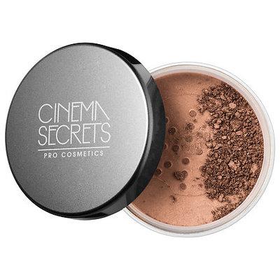 Cinema Secrets Ultralucent Illuminating Powder