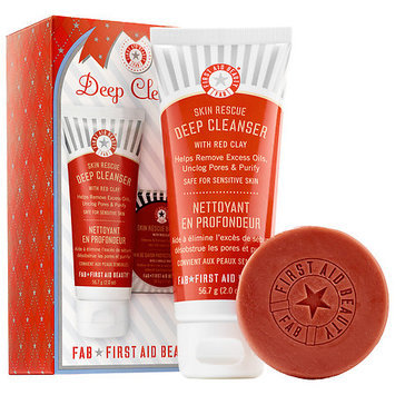 First Aid Beauty Deep Cleanse