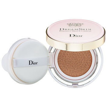 Dior Capture Totale Dreamskin Perfect Skin Cushion Broad Spectrum SPF 50 30 0.5 oz/ 15 g