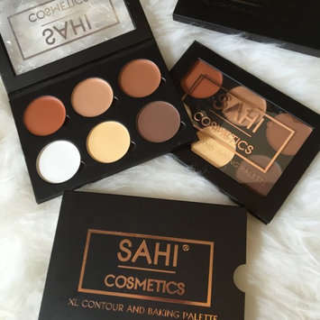 SAHI Cosmetics XL Contour and Baking Palette