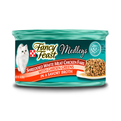 Fancy Feast® Shredded Fare White Meat Chicken Wet Cat Food With Garden Greens In A Savory Broth
