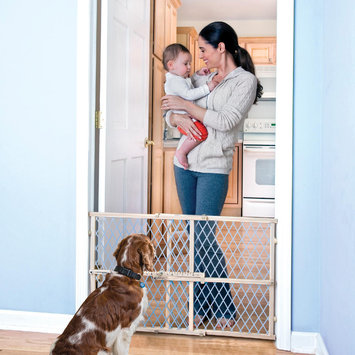 Evenflo - Position and Lock Wood Safety Gate