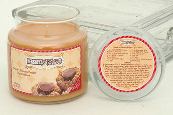 Hanna's Candles Hershey's Kitchen Scented Soy Candle - Reese's Peanut Butter Cup Cookies
