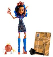 Mattel Monster High Art Class Robecca Steam Doll