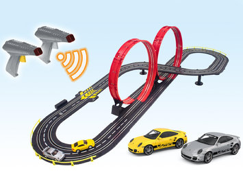 Artin Wireless Super 2 Looping Speedway Racing Set - ARTIN INDUSTRIAL CO. LTD.