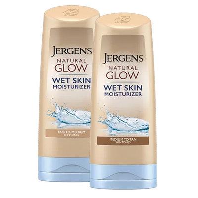 JERGENS® Natural Glow® Wet Skin Moisturizer
