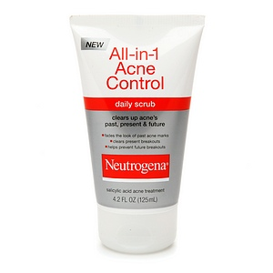 Neutrogena All-in-1 Acne Control Daily Scrub uploaded by Maria P.