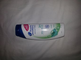 Head & Shoulders Itchy Scalp Care with Eucalyptus Shampoo uploaded by Rilanca P.