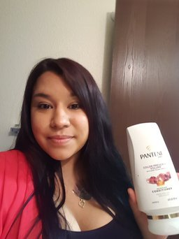 Pantene Pro-V Color Preserve Volume Conditioner, 12 oz uploaded by Liz G.