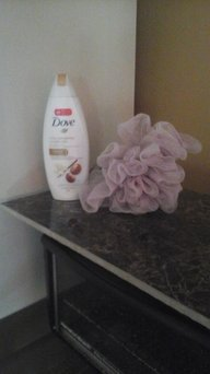 Photo of Dove Purely Pampering Almond Cream with Hibiscus Body Wash uploaded by Amber V.