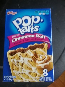 Kellogg's Pop-Tarts Frosted Cinnamon Roll Toaster Pastries uploaded by Lisa T.