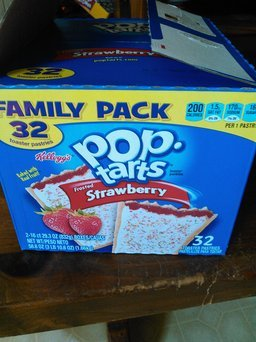 Kellogg's Pop-Tarts Frosted Strawberry uploaded by Jennie H.