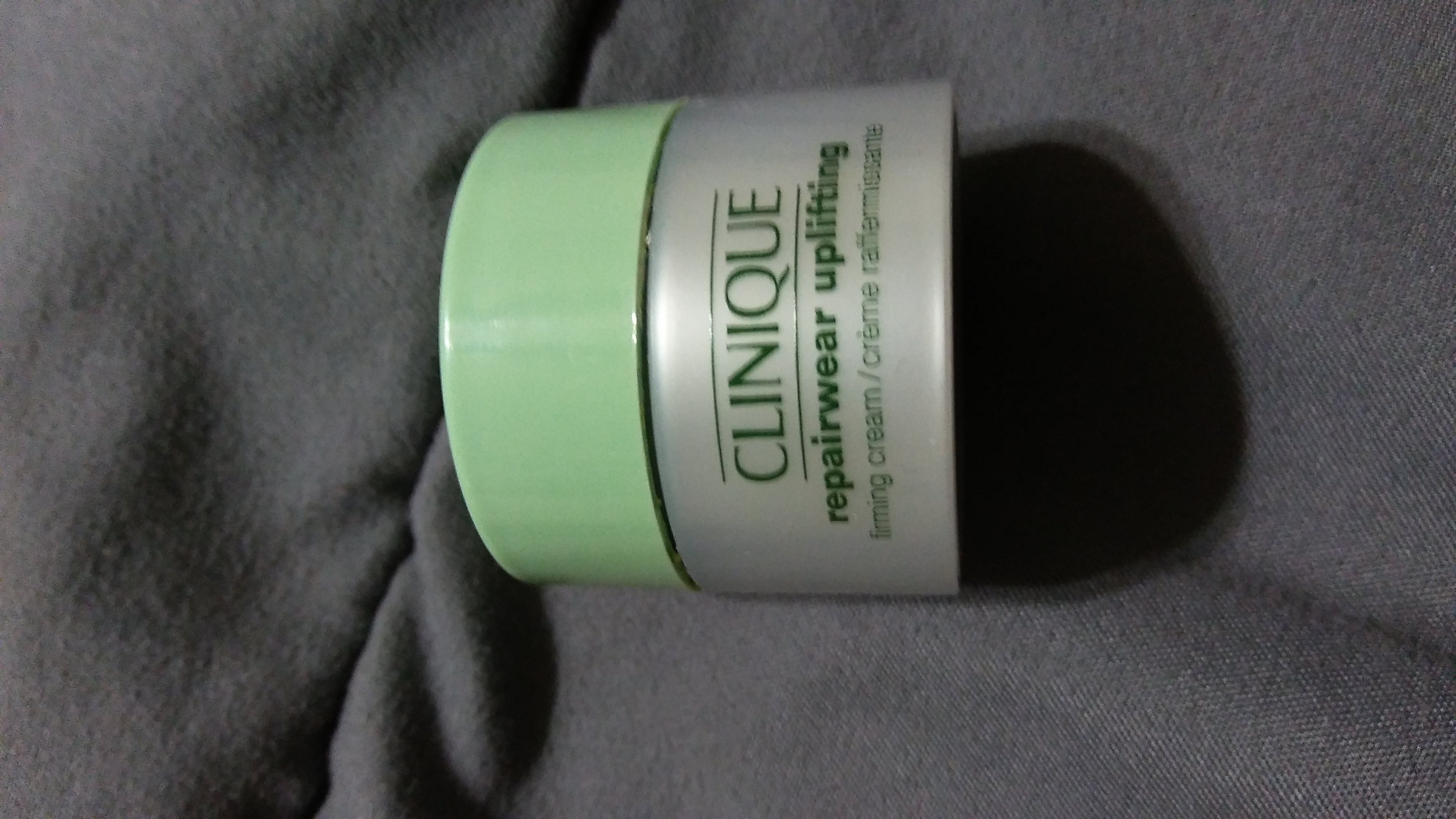 Clinique Repairwear™ Uplifting Firming Cream uploaded by Valezqua M.