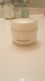 L'Oreal Dermo-Expertise RevitaLift Day Cream uploaded by Melissa S.