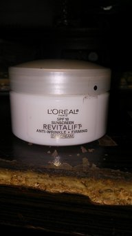 L'Oreal Dermo-Expertise RevitaLift Day Cream uploaded by melissa w.
