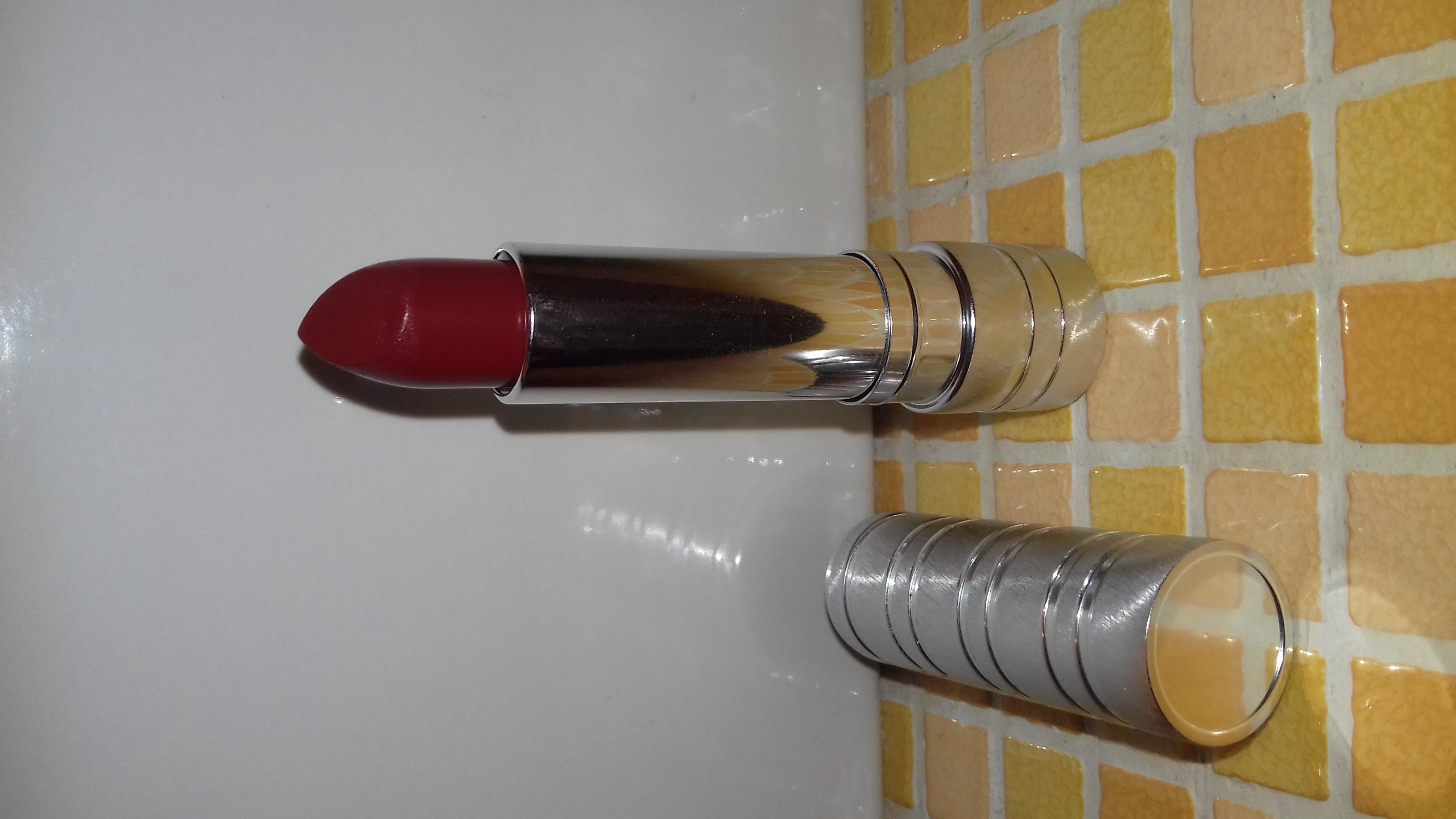Photo of Clinique Long Last Soft Matte Lipstick uploaded by Debbie L.