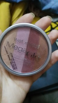 Wet N Wild Mega Shimmer Illuminating Powder Brush uploaded by Yousra E.