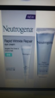 Neutrogena® Ageless Restoratives Energy Renewal Radiance Eye Cream uploaded by Catalina I.