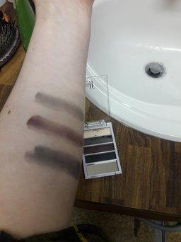 Flawless Eyeshadow uploaded by Saira G.