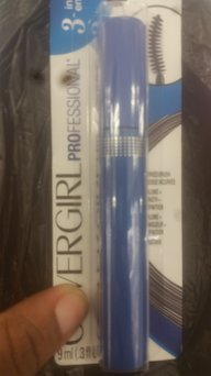 COVERGIRL Professional 3-in-1 Straight Brush Waterproof Mascara uploaded by Onika A.