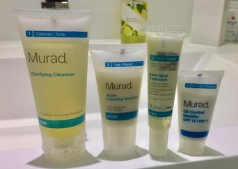 Murad Advanced Breakout Control Regimen 5-Piece uploaded by Vitoria M.