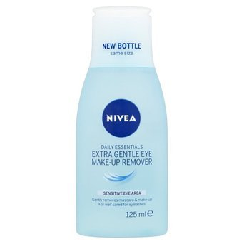 NIVEA 3 In 1 Waterproof Makeup Remover - Daily Essentials uploaded by Nynke K.