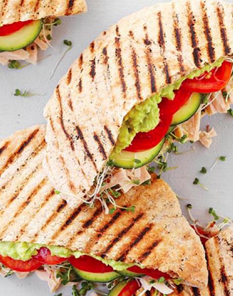 tuna pita sandwich