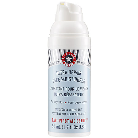 First aid beauty ultra face moisturizing lotion