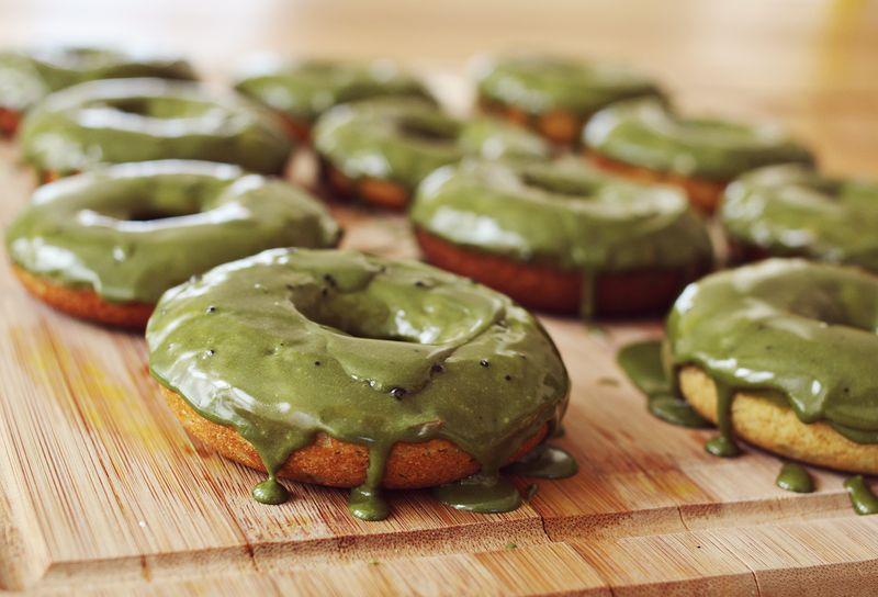matcha green tea donuts