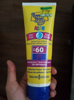 Photo of Banana Boat Kids Tear-Free Sunscreen Lotion With SPF 60 uploaded by Lucia P.